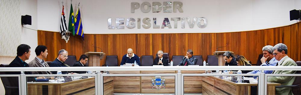 Câmara Municipal realiza 13ª Sessão Ordinária e 3ª Sessão Extraordinária do ano