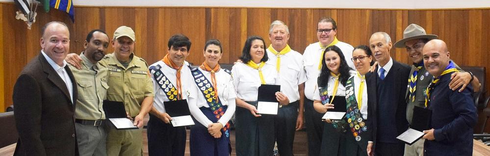 Câmara Municipal realiza Sessão Solene alusiva ao Dia Municipal do Escoteiro