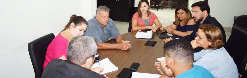 Nova Comissão Especial realiza primeira Reunião