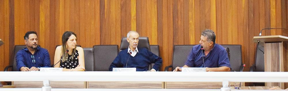 Vereadores se reúnem com Secretária de Assistência Social